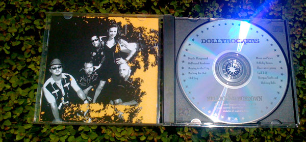 Dollyrockers CD Inside Cover